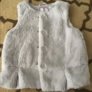 Gymboree Faux Fur Grey Peplum Vest 5T